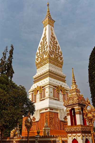 The tip of the <i>chedi</i> 's spire is made of 240 pounds of gold.
