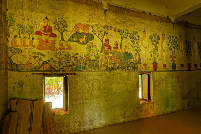 Paintings on the interior of the <i>sim</i> depict the Five Buddhas of the Past as well as scenes from the life of the Buddha.