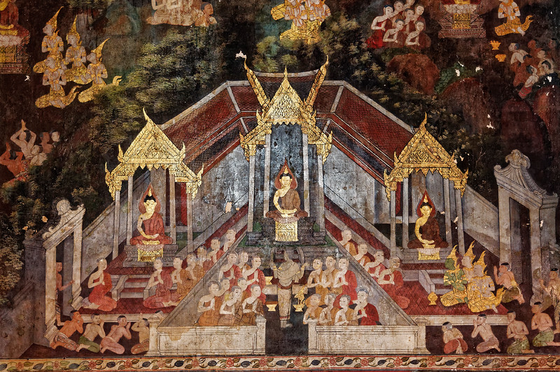 Both the <i>viharn,</i> or assembly hall, and the temple's <i>ubosot,</i> or ordination hall, contain some of the finest murals of the Rattanakosin era. Depicted are scenes from the life of the Buddha and the lives of the Buddhas of the past.