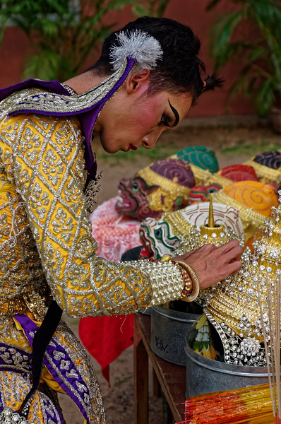 The actor who will play Phra Lak, or Lakshmana, Rama's brother, inspecting his headdress