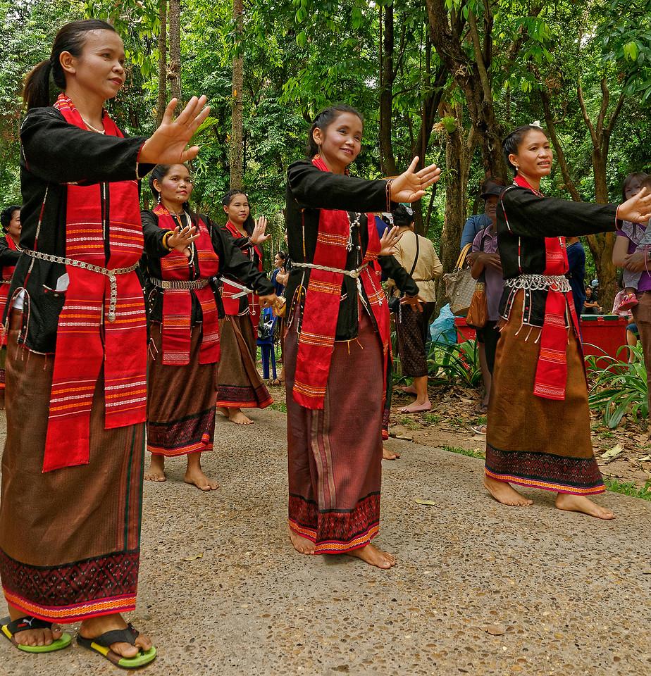 Khmer women making their ceremonial entrance to the festival
