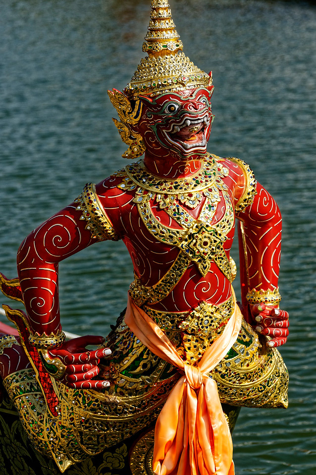 "Sukhreep Krong Muang, ""Ruler of the City:"" the monkey king Sugriva in the <i>Ramayana</i>"