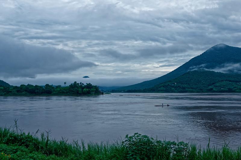 More fishermen at dawn on the Mekong at Chiang Khan