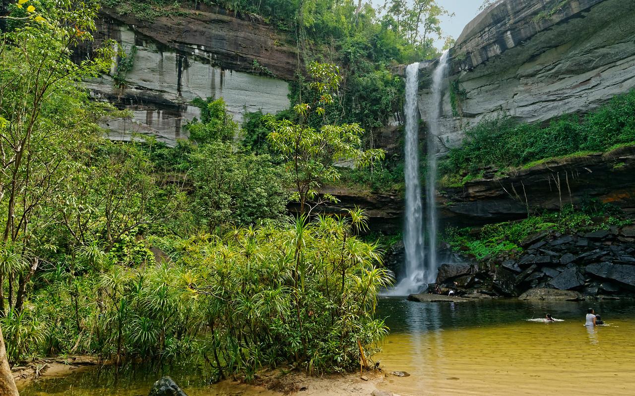 Huai Luang Waterfall from below