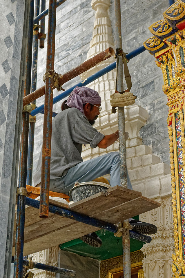 Restorative maintenance work at Wat Rachapradit