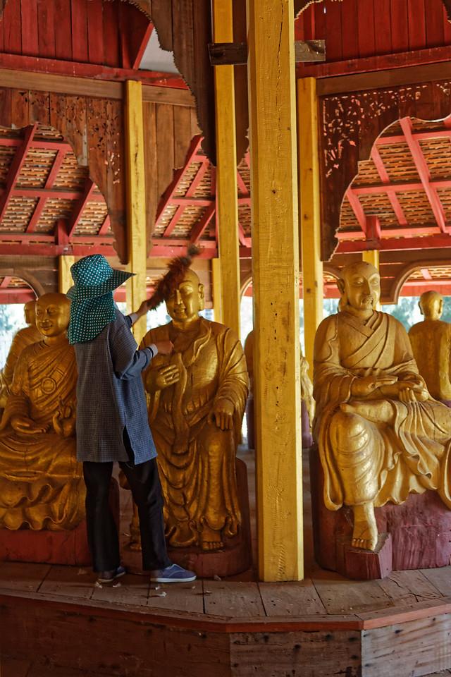 Dusting the Buddhas, Muang Boran, Samut Prakan