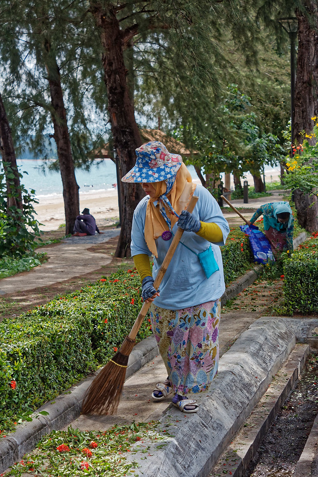 Street sweeper, Ao Nang, southern Thailand