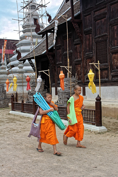 Little monks at Wat Phan Tao, Ching Mai