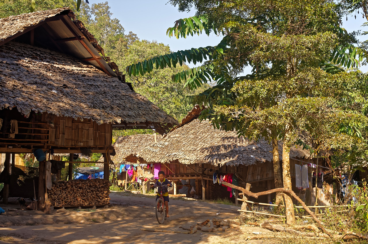 Another view in the Mae Sa Valley hill tribe village