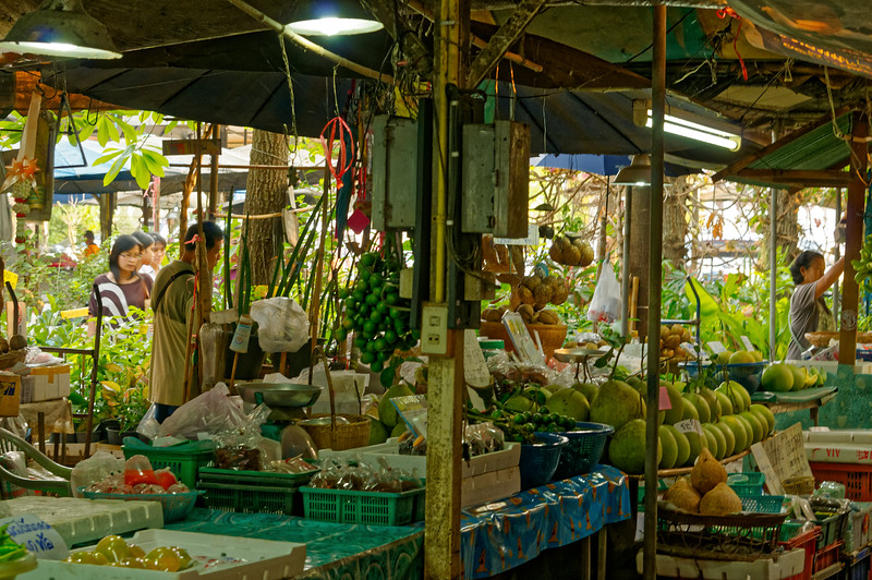 Fruit for sale at Don Wai Market