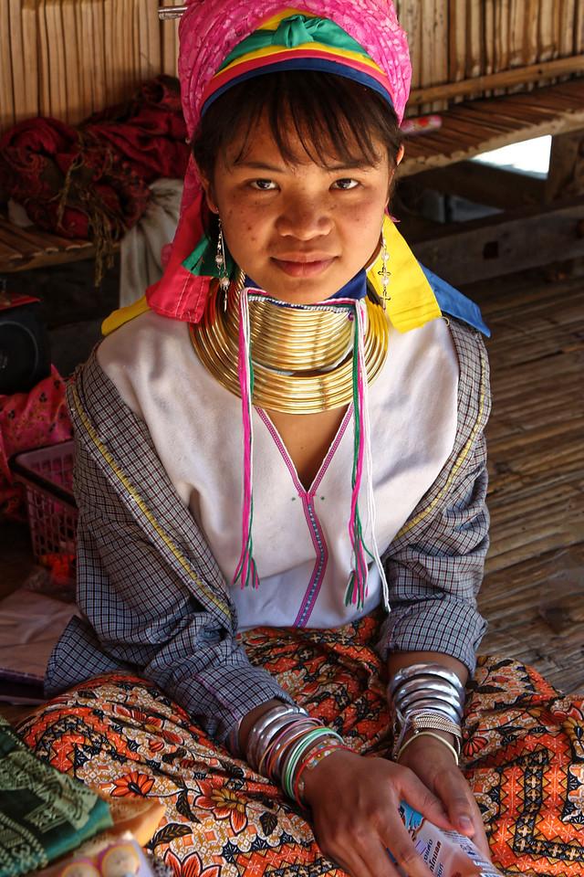 Another Paduang girl, Mae Sa Valley