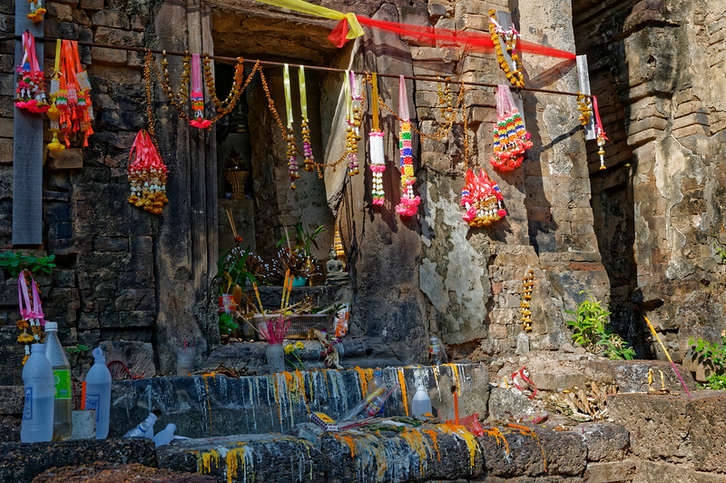Offerings are still left at the shrine of Prasat Ban Prasat, a thousand years after its creation, despite its out-of-the-way location in a rural countryside.