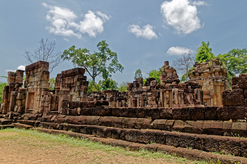 Ta Muean Thom, dedicated to Shiva, was unusually oriented for a Khmer temple in Thailand: like Prasat Hin Phimai, it faced south.