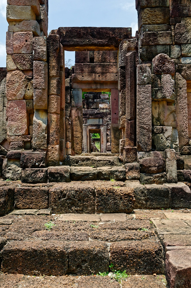 Despite the ravages the temple has seen, its structures remain an imposing and impressive architectural presence.