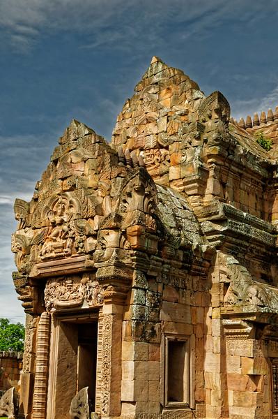 The <i>mandapa</i> again: principal inner entrance to the main tower