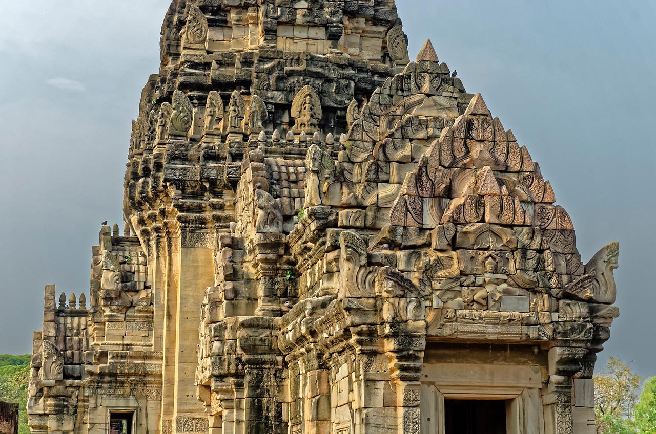 Detail of the <i>mandapa</i> and <i>prang</i> at Prasat Hin Phimai in early-morning light