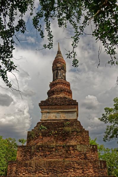 The <i>chedi</i> at Wat Traphang Ngoen