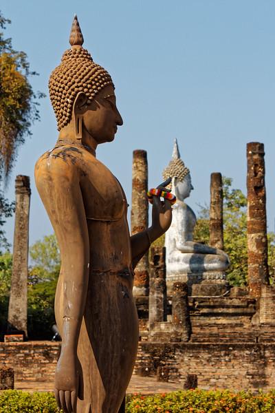 Two Buddhas at Wat Sa Si