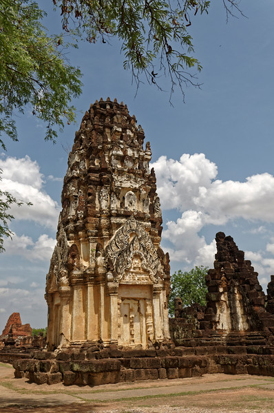 Only one of the three original towers remains standing at Wat Phra Phai Luang.