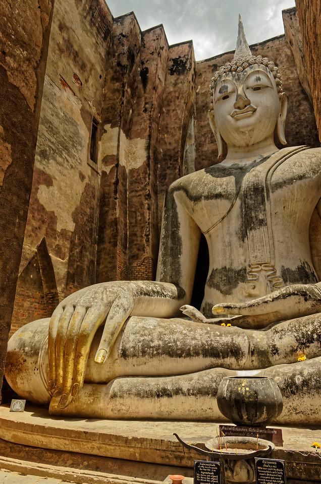 Buddha Subduing Mara at Wat Si Chum