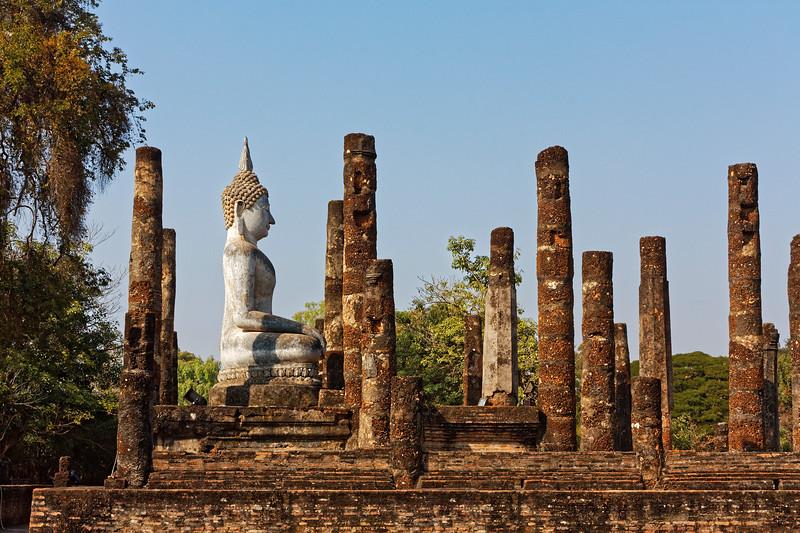 Wat Sa Si's principal Buddha image, among the ruins of the assembly hall