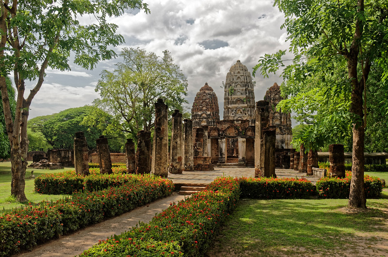 Wat Si Sawai's three closely-set towers may have been rebuilt during the later Sukhothai period, when the temple was converted to Theravada Buddhist use. At that point they would have been reinterpreted as symbolizing the Triple Gem of Buddhism: the Buddha, the Dhamma, and the Sangha.