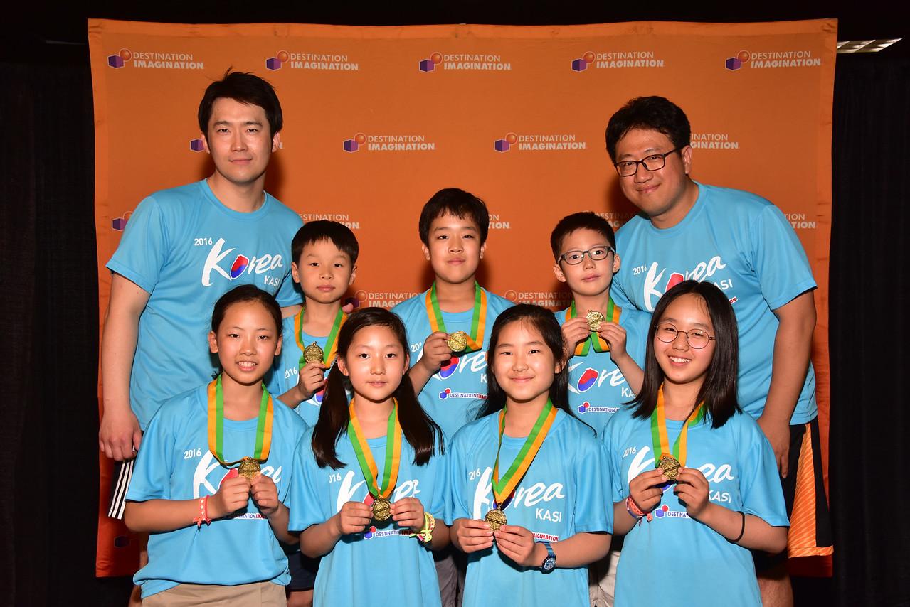 171-94786 - Close Encounters- Improvisation Challenge-Gye Seong Elementary School-KING BOB-KASI - South Korea, High Instant Challenge Award