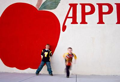 Apple 71