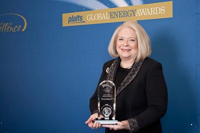 Sheila Hollis, Partner at Duane Morris, accepts the 2011 Lifetime Achievement Award.