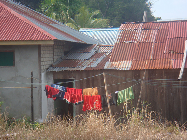 """""""Tin Roofs and Laundry"""""""