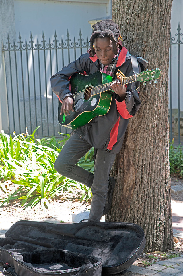 Musician in the Center of Cape Town