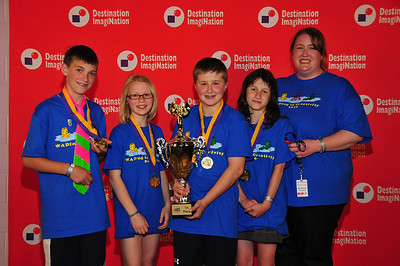 1st Place: Middle Level, DI-BOT: Kopachuck MS, Gig Harbor, #147-07729