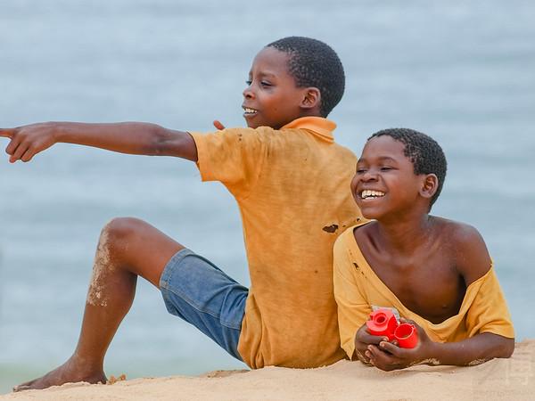 Boys at Ilha de Benguera - Mozambique