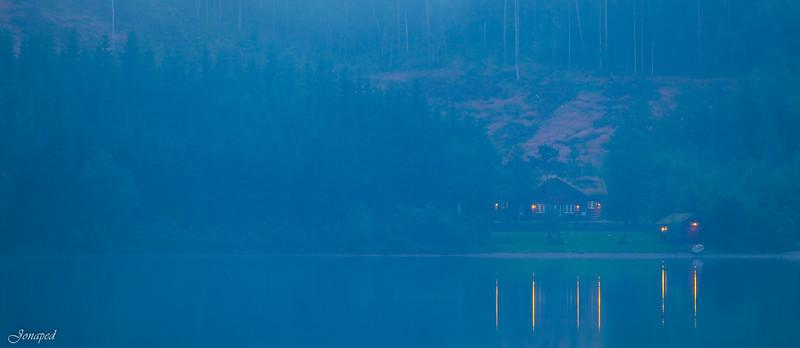 Sommarkveld på Hytta/Summer Night at the Lodge