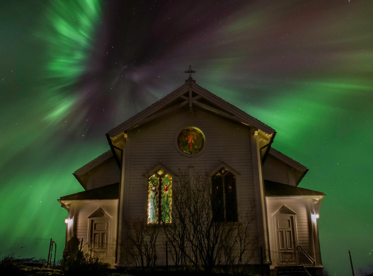 A Corona Lights up Our Church/Corona over Gimmestad Kyrkje