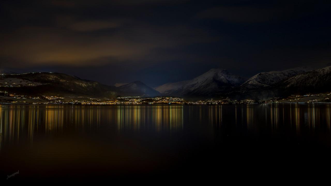 Vinternatt på Gloppefjorden