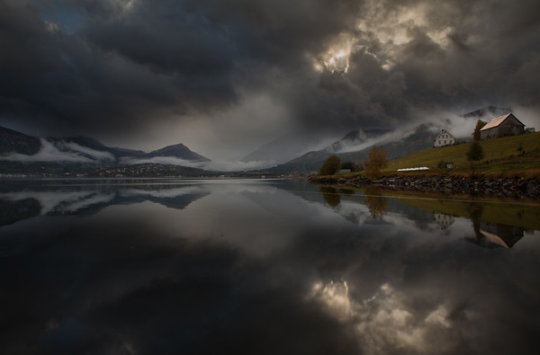 Gloppefjorden<br /> <br /> En grå dag II<br /> <br /> A grey day II