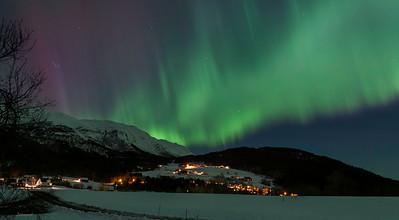 Vinternatt på Ravnestad og Rauset