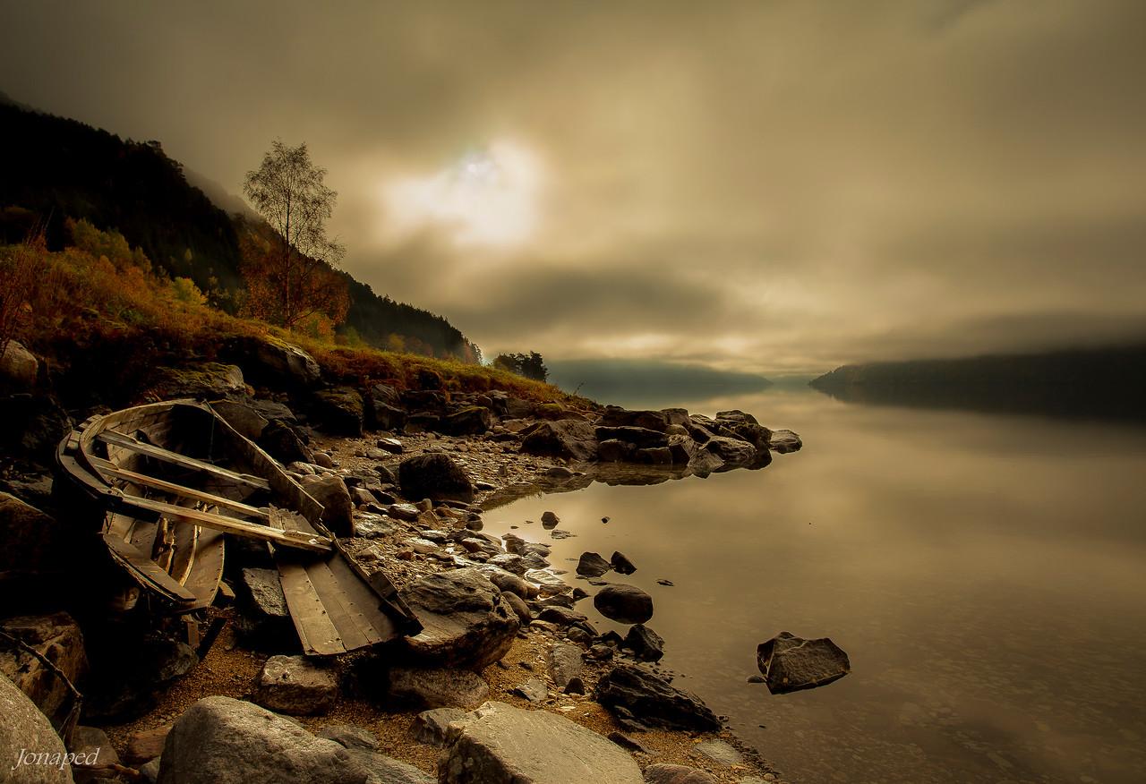 Autumn by Breimsvatnet/Haust mot Kandalen og Reed
