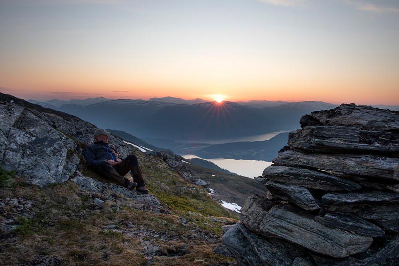 Sommarnatt på Sjedufjell