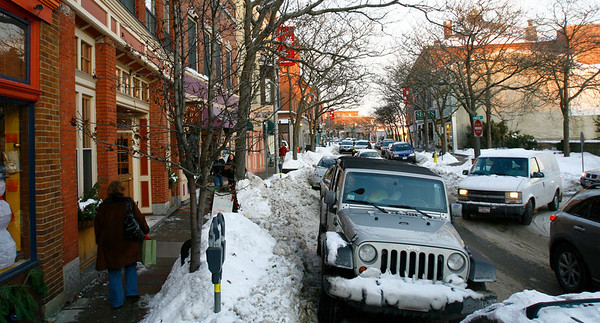 Gloucester: Shoppers did not let a snow emergency stop them from parking on Main Street. Because the street was so full, it was difficult for crews to remove snow from the area. Photo by Kate Glass/Gloucester Daily Times Monday, December 22, 2008