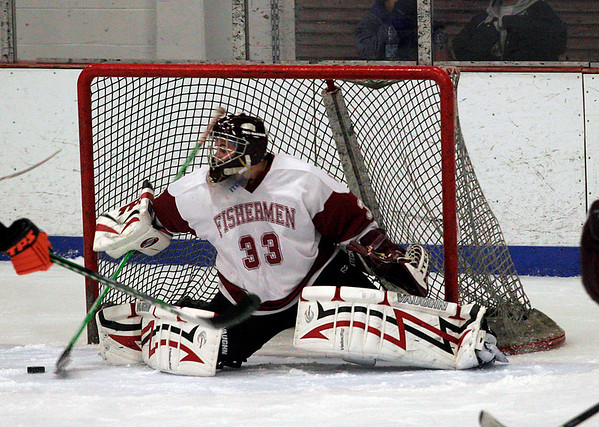 Gloucester: Gloucester goalie Dom Novello got the start during their game against Beverly in the Cape Ann Savings Bank Holiday Tournament at the Talbot Rink last night. Photo by Kate Glass/Gloucester Daily Times Monday, December 29, 2008