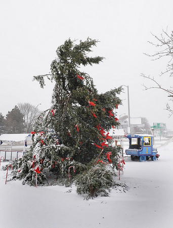 Gloucester: The Christmas Tree at Kent Circle in Gloucester was damaged by the heavy winds. Desi Smith/Gloucester Daily Times. December 27,3010.