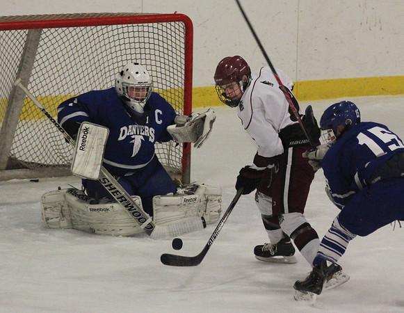 Gloucester vs. Danvers Hockey