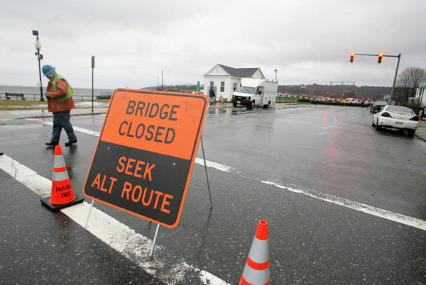 Gloucester: The Blynman Bridge was closed after it got stuck with about a two foor gap Friday afternoon. Traffic was detoured up Centennial Avenue and Essex Avenue. Mary Muckenhoupt/Gloucester Daily Times