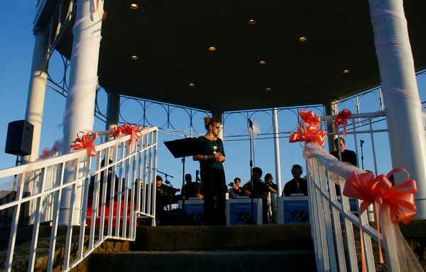 Gloucester: The Compaq Big Band performs a jazz tune on Sunday night at the Antonio Gentile Bandstand in Stage Fort Park.<br /> Silvie Lockerova/Glucester Daily Times