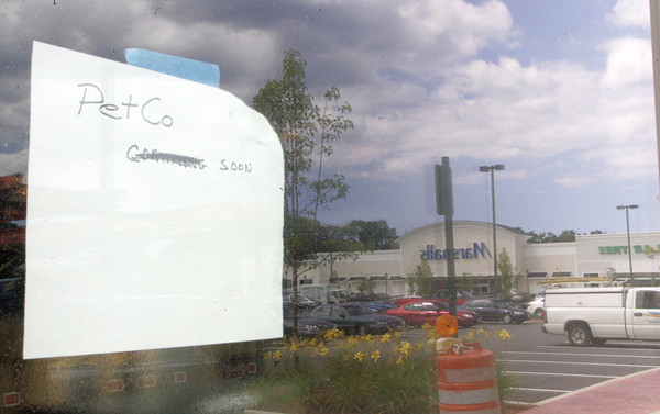 Gloucester city council recently approved two permits for PetCo to move into Gloucester Crossing. The store is expected to open later this year. Photo by Maria Uminski/Gloucester Daily Times