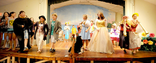 """Gloucester: The citizen Munchkin Land sing about he witch being dead in the  Annisquam Village Players production of """"THe Wizard of Oz. Jim Vaiknoras/staff photo"""