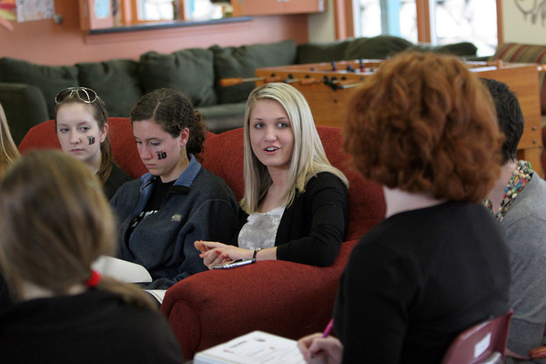 Rockport: Rockport senior Nissa Lafond discusses how to promte an after prom party held at the Cape Ann YMCA during a S.A.L.A.D.D., Students and Leaders Against Destructive Decisions, meeting at the YMCA Ben Beyea Teen Center in Rockport Friday afternoon. Alos pictured is Anna Yoors and Emma MacIntire, left. Mary Muckenhoupt/Gloucester Daily Times