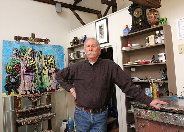 ALLEGRA BOVERMAN/Staff photo. Gloucester Daily Times. Gloucester: Artist Dennis Flavin of Annisquam in his home studio.